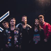 Houston släpper sitt nya album i oktober